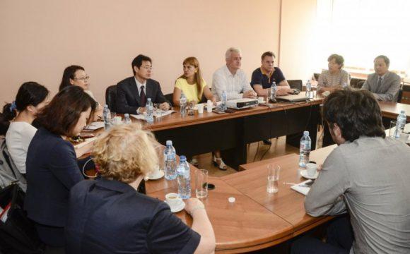 Kineska delegacija u Srbiji: OVE METODE LEČENJA TEK ĆE ZAŽIVETI